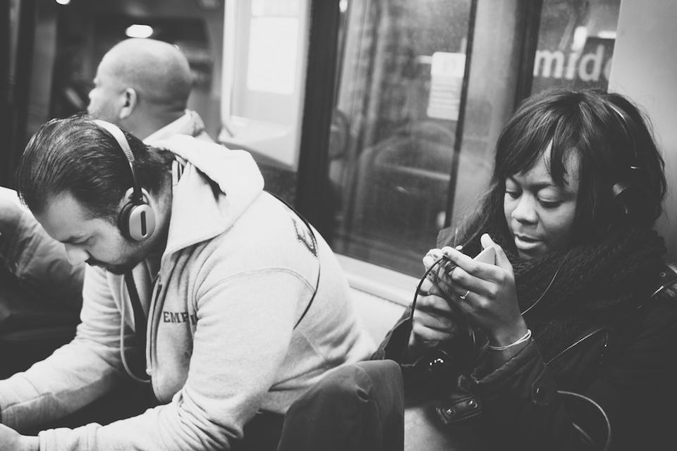 The Headphones Project : Me & Mrs Jones