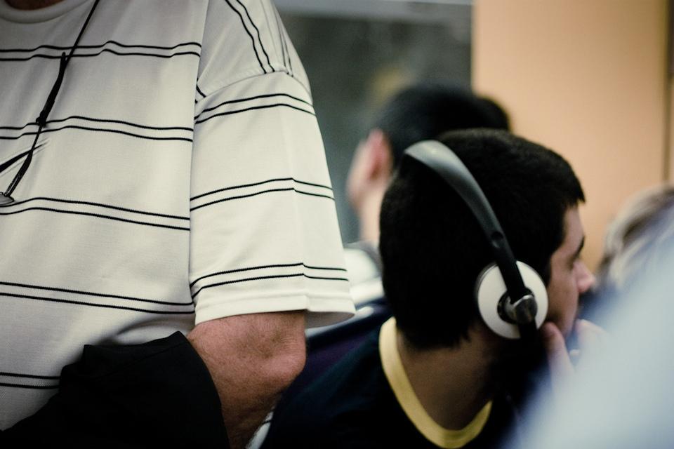 The Headphones Project : No Line On The Horizon