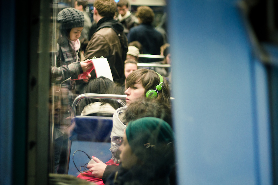 The Headphones Project : Windows On A Train